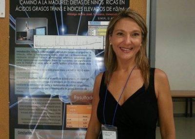 María José Hidalgo presentando una de sus investigaciones